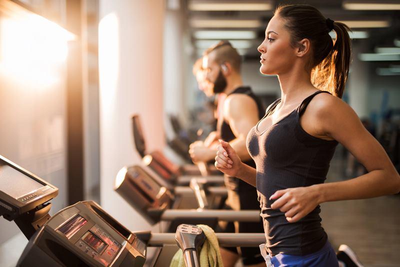 занятия в тренажерном зале для похудения для женщин - кардио нагрузки